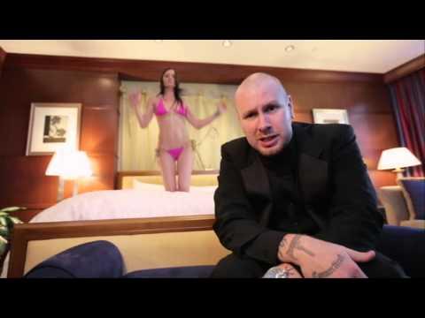 "Diggaz With Attitude ""Casino Royale"" Apathy & Blacastan ( Official Video)"