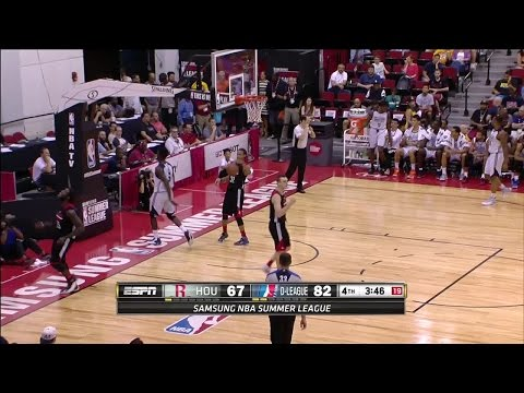 Montrezl Harrell nets 18 points in loss to the NBA D-League Select