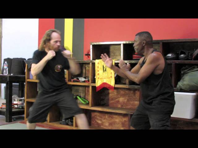 Wing Chun Sifu Phillip Redmond - Pak Sao against punches