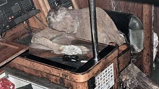 Mummified body found in abandoned yacht; Man electrocuted and mummified found in manhole Compilation