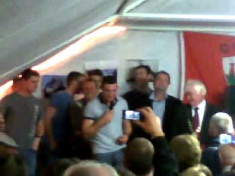 Noel O'Leary singing @ Clondrohid Race Night