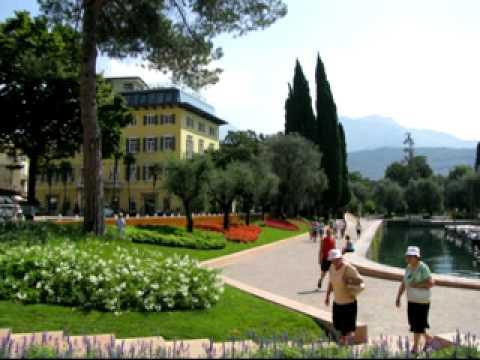 Trentino 2010 - The Mountain Song (John Denver).avi