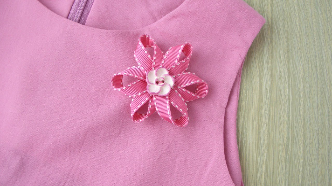 How To Make a Pretty Ribbon Flower Brooch - DIY Style ...