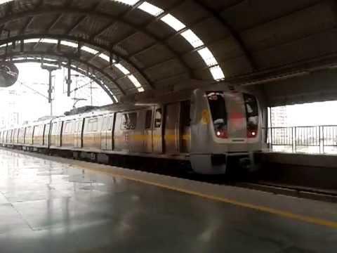 Yellow line, Delhi Metro