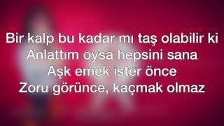 Hande Yener - Vay (Şarkı Sözleri-Lyrics)