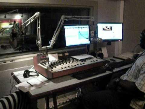HOTT 98 FM- MORNING HEAT WITH ENOS & RJ .AVI