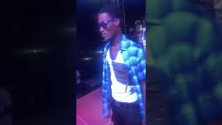 Over  10,000 fans sings along non-stop as LaMar GanG Performs in his homeland Achimota