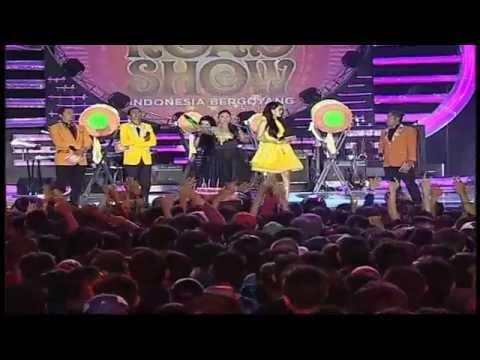 """Semua Penonton Bernyanyi """" Satu Jam Saja """" Untuk Alm. Olga Syahputra - MNCTV Roadshow Serang (28/3)"""