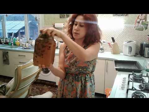 Домашняя настойка на кедровых орешках.
