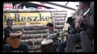 """Nothing Else #2 - """"Waiting for Donald"""" at the Tahora folk festival"""