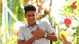 Roshan abdul Rahoof fun with Jhansi Rathod   Oru adaar love