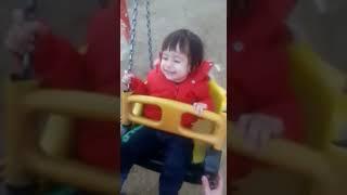 Çağan' ın salıncak keyfi, eğlenceli bebek videoları