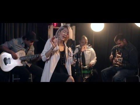 Aisyah Aziz - Tunggu Sekejap (Acoustic Cover)