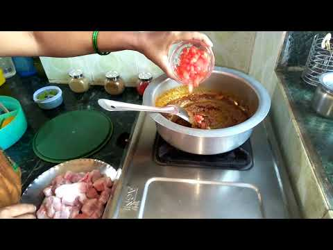 मुशीच कालवण |How To Make Shark Fish Curry By Preeti Samel Recipes.