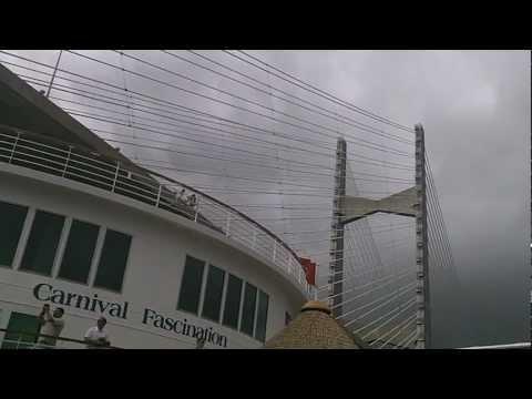 Sailing Under the Dames Point Bridge