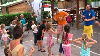 DJ Oetzi - The Burger Dance (Animazione @ Camping Jolly/Levico 2011)