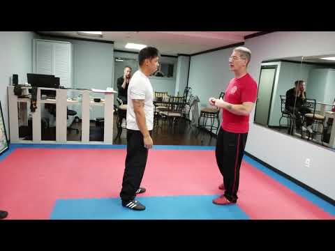 Hill Wing Chun Kau Sau application