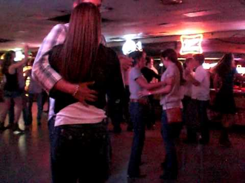 Country Western Dance Lessons at the Broken Spoke to ...