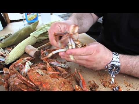 How To Eat Steamed Crabs