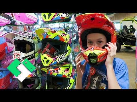 New Dirt Bike Helmet Shopping! FINALLY! (Day 1959)