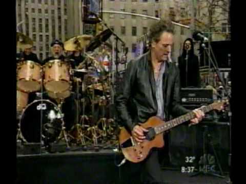 Fleetwood Mac ~ Go Your Own Way ~ Live 2003