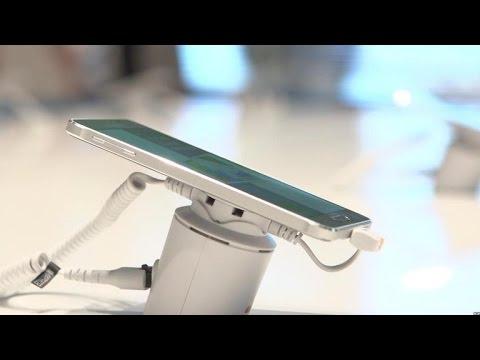 Samsung Galaxy Alpha brings the metal (hands-on)