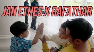 Download Video KOCAK!!! KETIKA JAN ETHES & RAFATHAR FOTO DAN JALAN BARENGAN MP3 3GP MP4