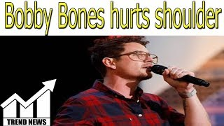 'Dancing with the Stars': Bobby Bones hurts shoulder in 'exquisitely demented' debut