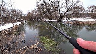 Рыбалка на спиннинг на малой реке Ловля щуки перед нерестом