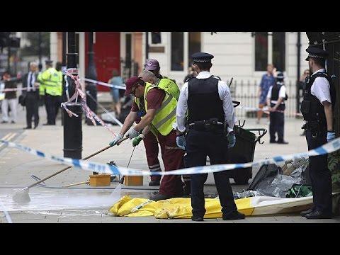 Attaque au couteau de Londres : la piste d'un meurtre par un déséquilibré est privilégiée