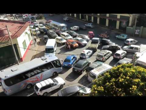Traffic congestion in Cusco, Peru