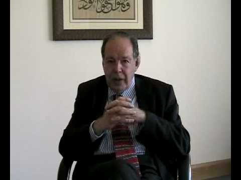 Interview with Dr Edward De Bono about Education on Wheels