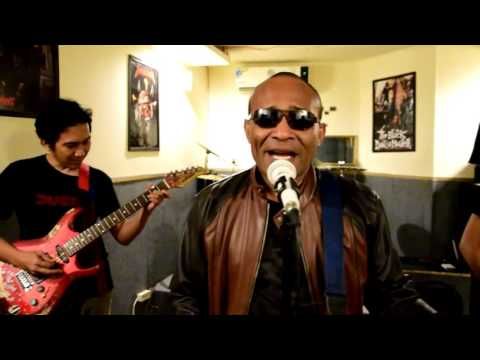 KLA Project - Menjemput Impian Cover by Audys Papua Band