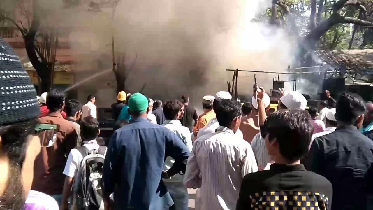 Image result for बिहार के अरसिया में कई दुकानों में लगी भीषण आग