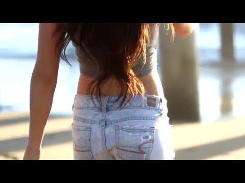 Huntington Beach, CA Live Fit Apparel With Katie Corio