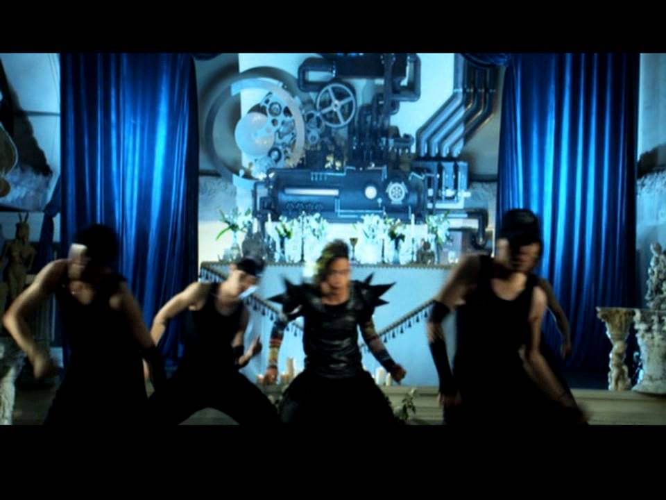 南拳媽媽- 決鬥巴哈 Fighting with Bach (Official Music Video)