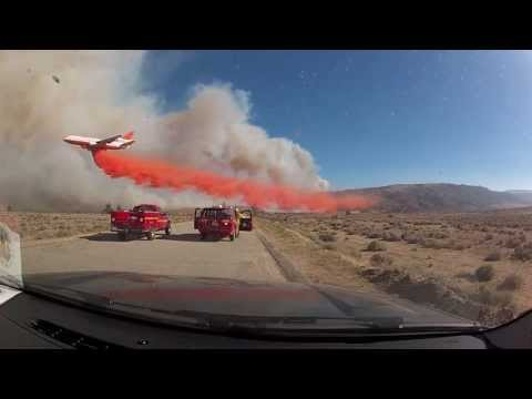 Most Amazing Pilot DC-10 Tanker 911 at the Powerhouse Wildfire Fire