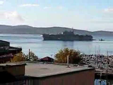 USS Tarawa in Hobart