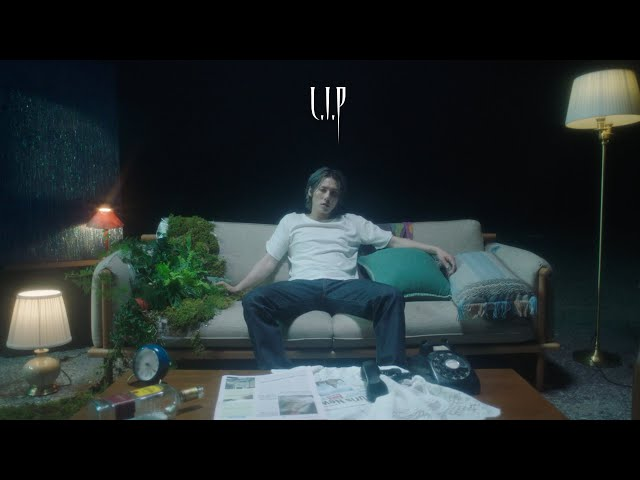 Cold Bay(콜드베이) - LIP (Love Is Poison) MV