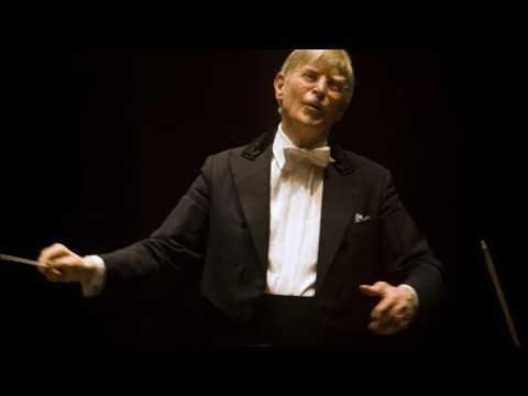 Mozart: Symphony No. 34 - Danish National Symphony Orchestra/Blomstedt (2010)