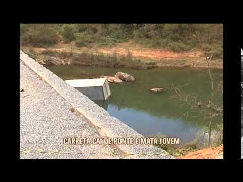 Caminhão cai de ponte na MG-262, altura de Mariana, e mata jovem