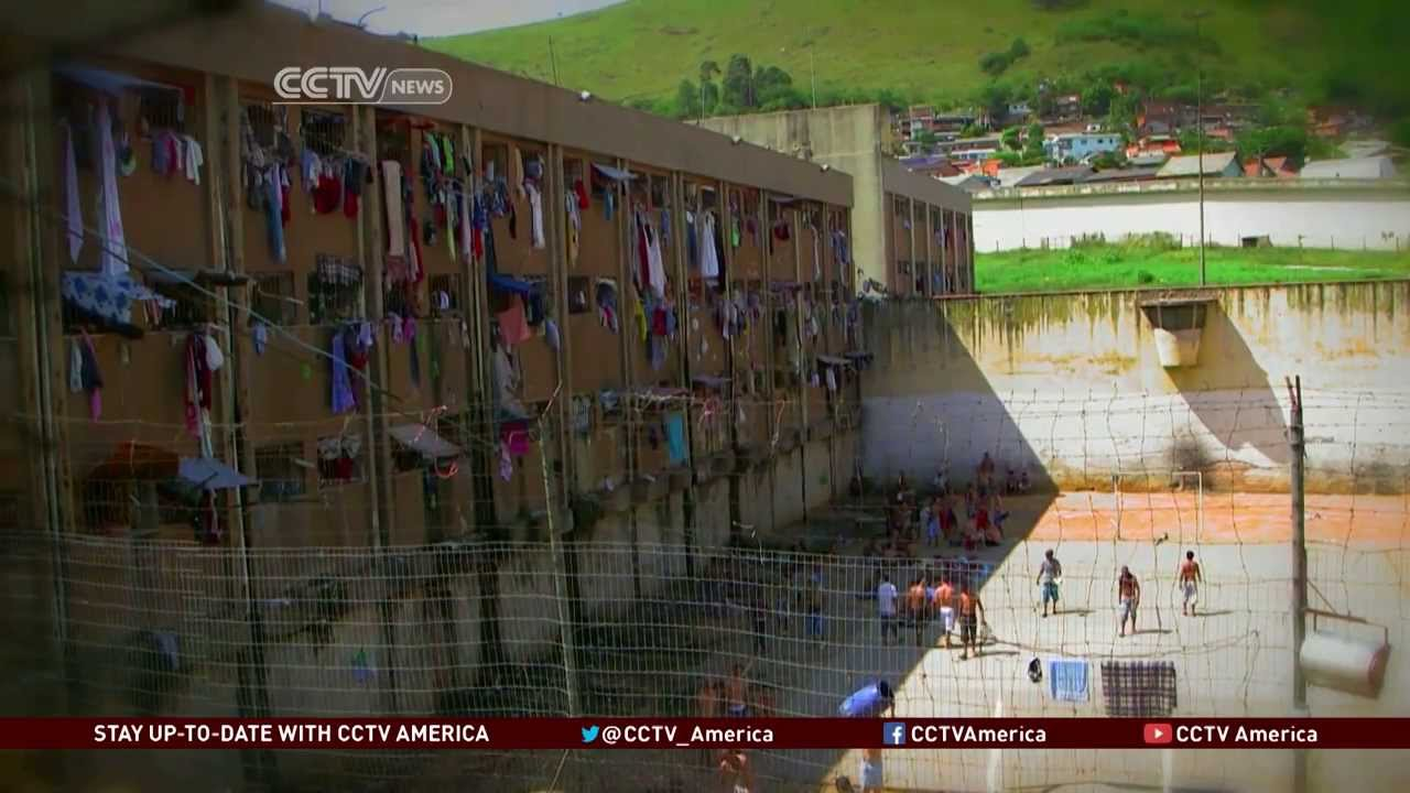 A Look at Brazil's Overflowing Prisons - YouTube