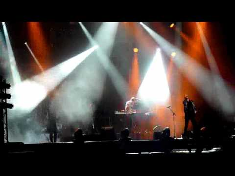 Röyksopp - Only This Moment -- Live At Lokerse Feesten 10-08-2012