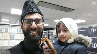 Little Girl Meets #CaliphoftheMessiah for the First Time