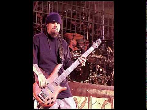 korn freak on a leash bass track played by fieldy youtube. Black Bedroom Furniture Sets. Home Design Ideas
