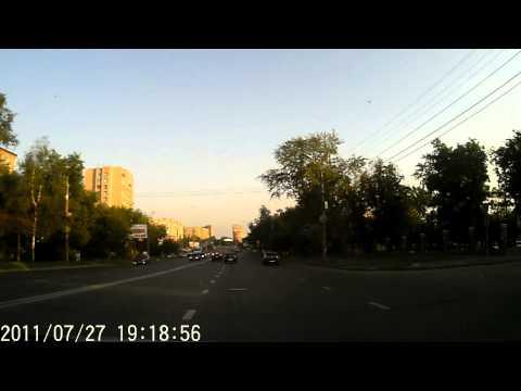 Видео с регистратора ES1080HD (вечер) 1280*720