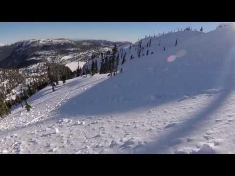 Sunny January ski day in Strathcona Park