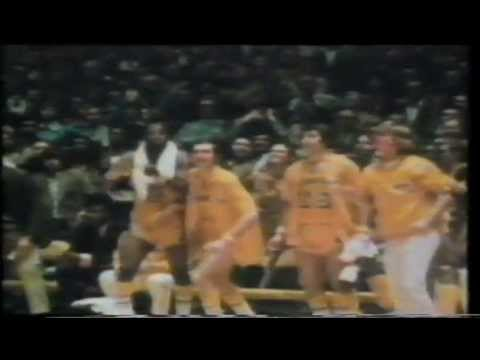 92-93 NBA Action 04