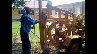 Borehole cleaning of roots