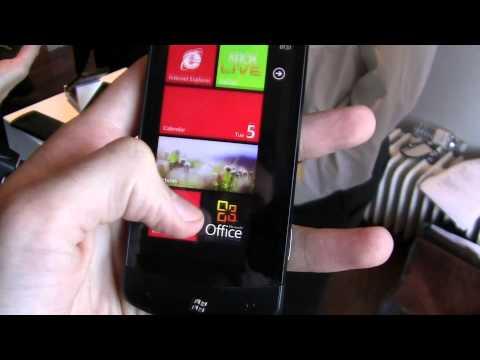 LG Optimus 7 Hands-on